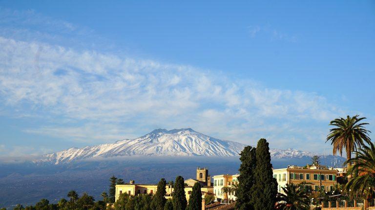 Etna sumendia, Sizilian