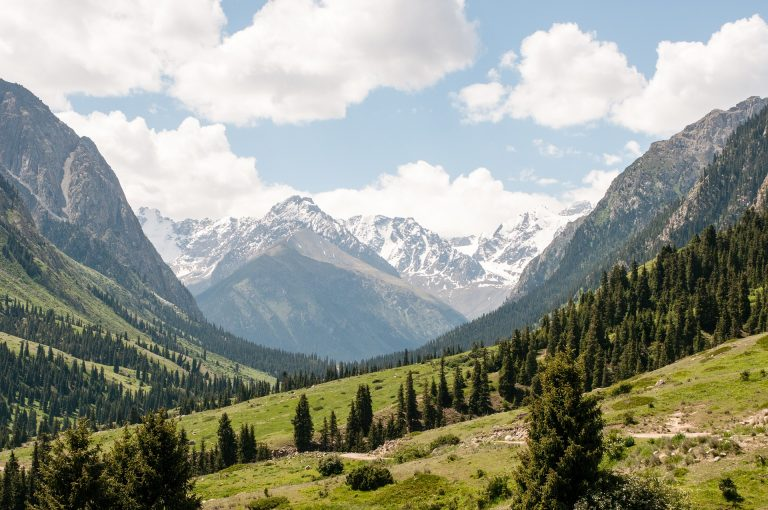 valle en kirguistan